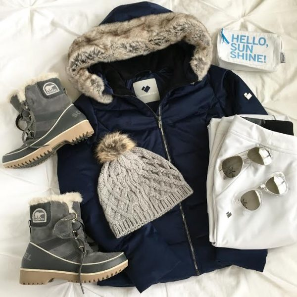 What to pack for a spring break ski trip. Chic winter gear and boots are a must for spring break ski trips!