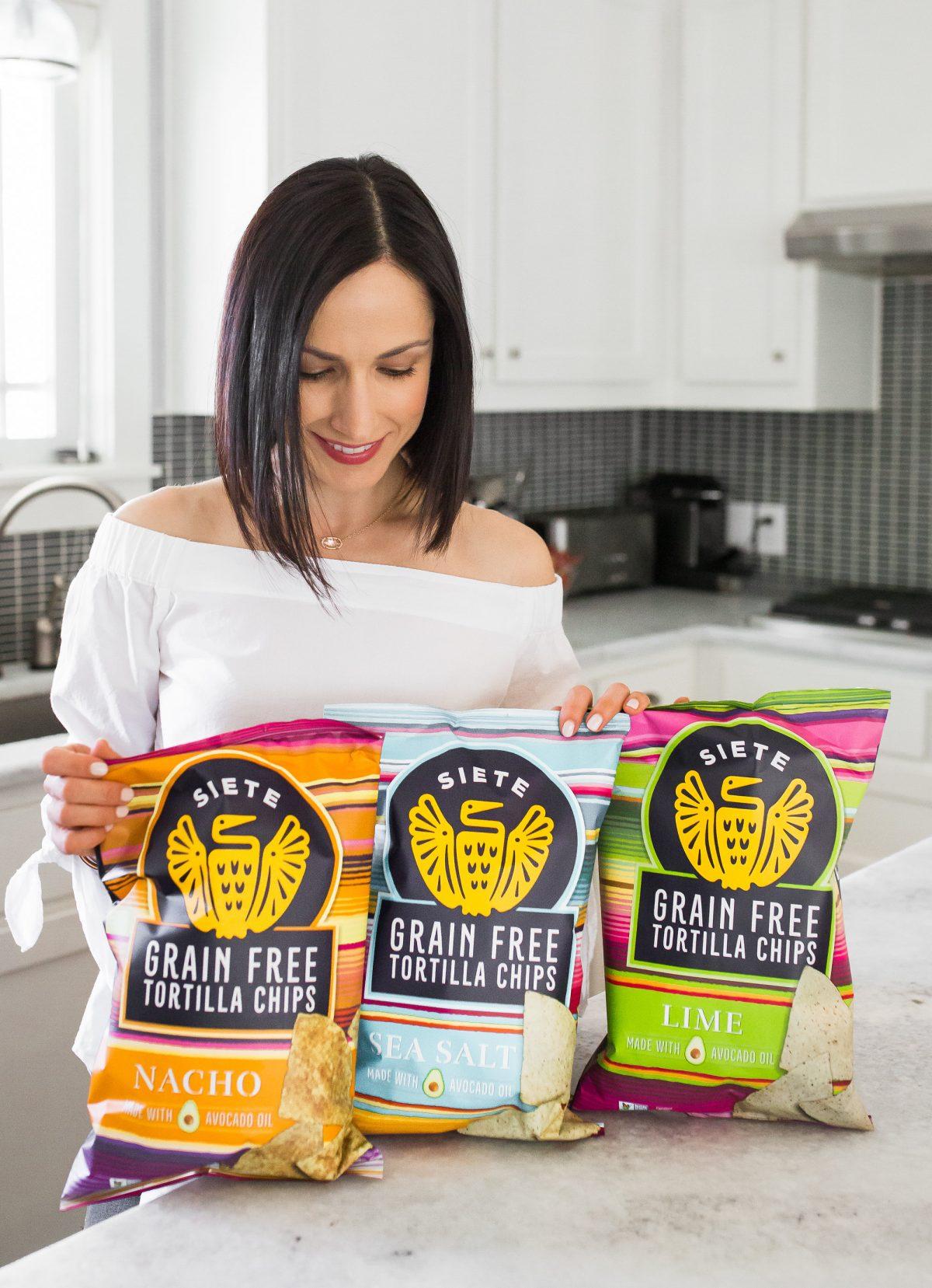 Siete Grain Free Tortilla Chips & Guacamole Recipe
