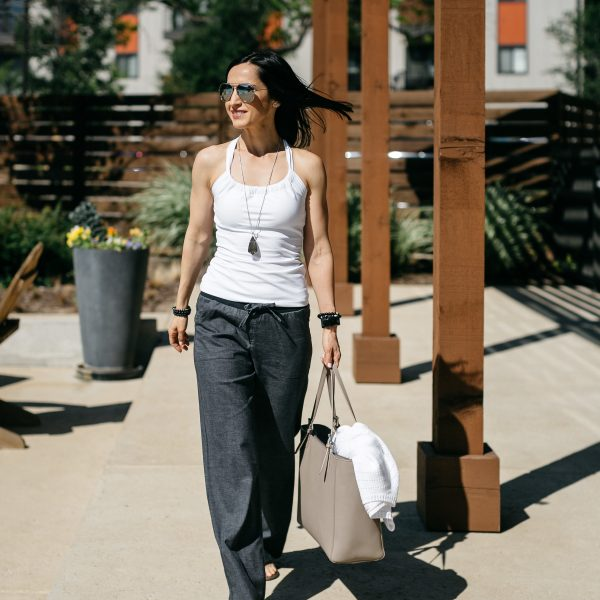 How to style a summer athleisure outfit using pieces from prAna. Create a chic casual look from three pieces and add your favorite jewelry, sunglasses, and handbag!