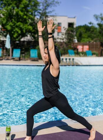 What to wear to vinyasa yoga class