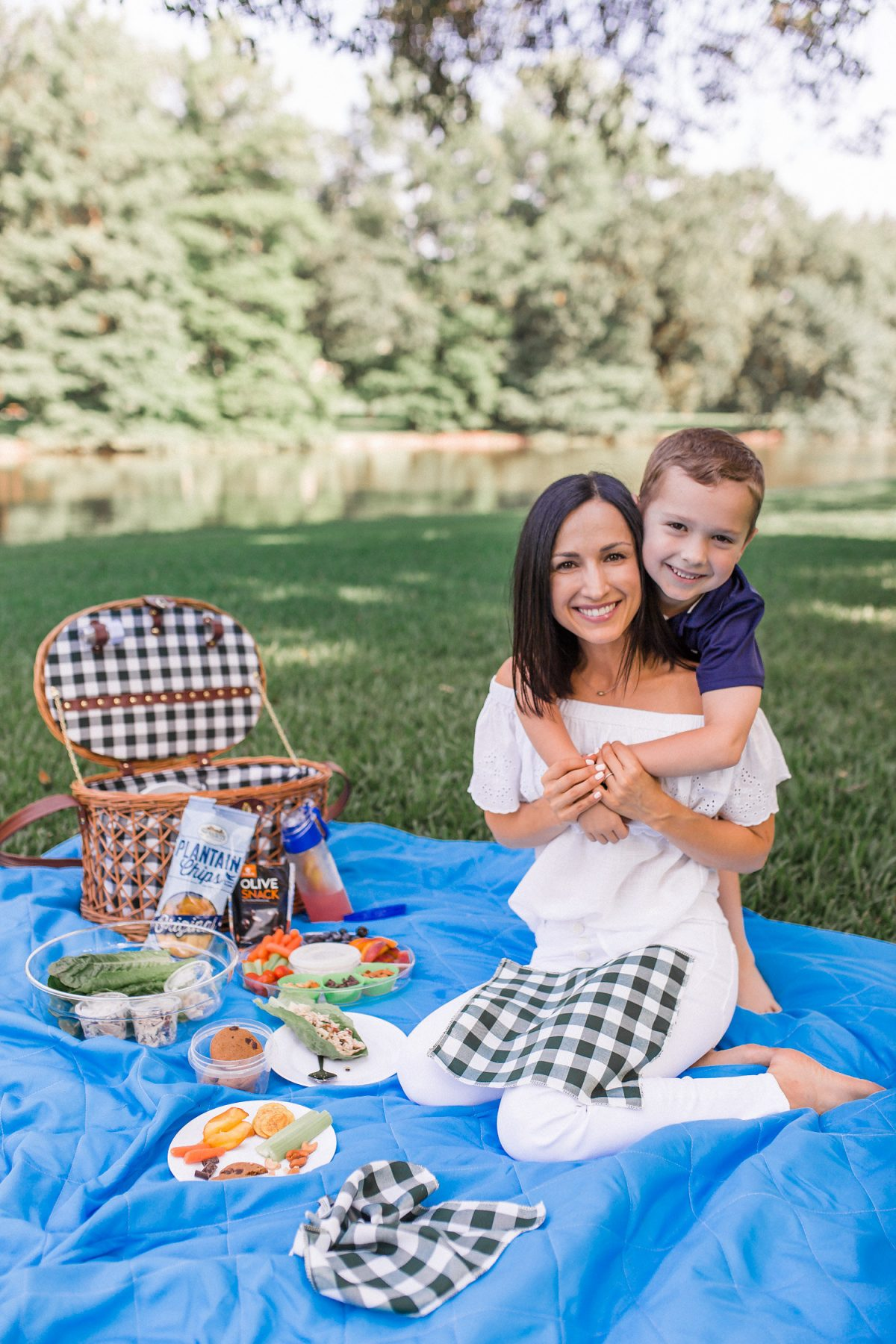 Packing a healthy picnic basket is easier than you think! I include several of our favorite Whole30 and Paleo foods that are delicious and family friendly! This picnic basket is a great item to have at home or to give as a gift!