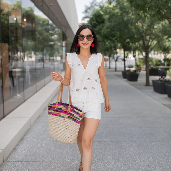 Tips for finding the perfect pair of shorts for you! These high waisted shorts from Madewell are a favorite this summer!