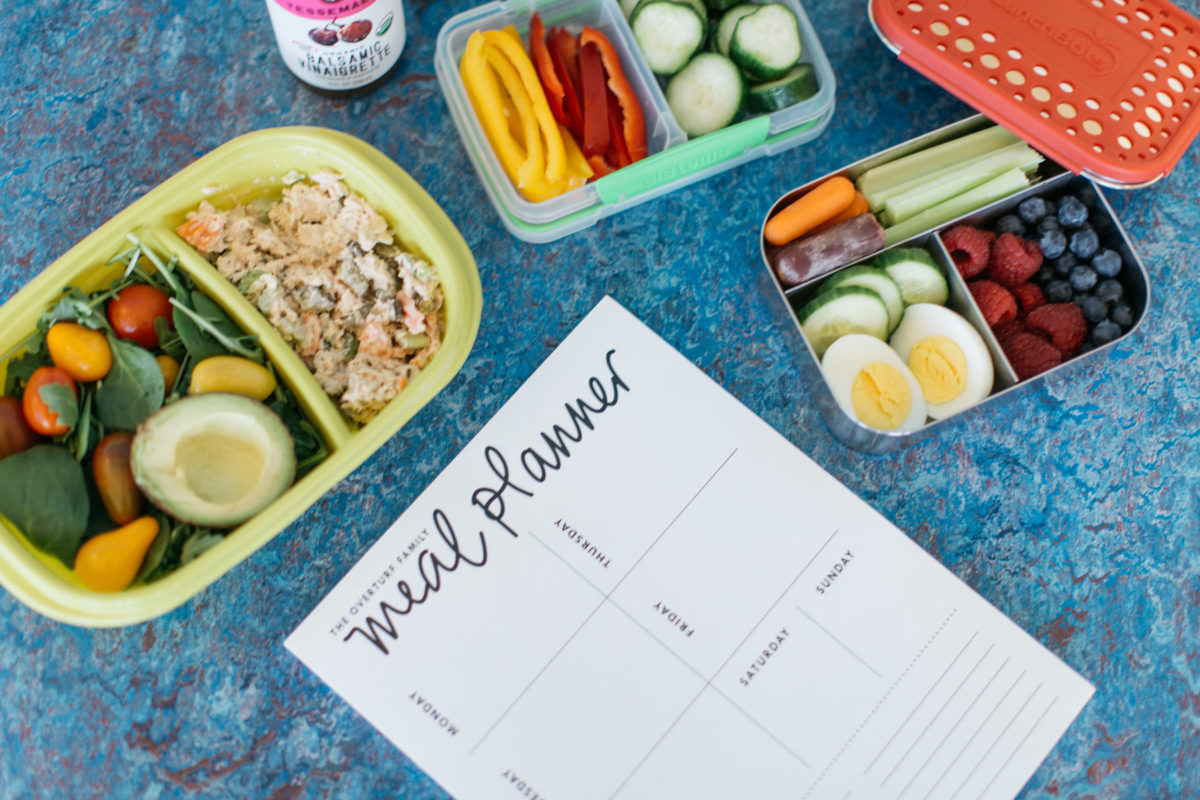Whole30 Approved Lunch Box Round Up