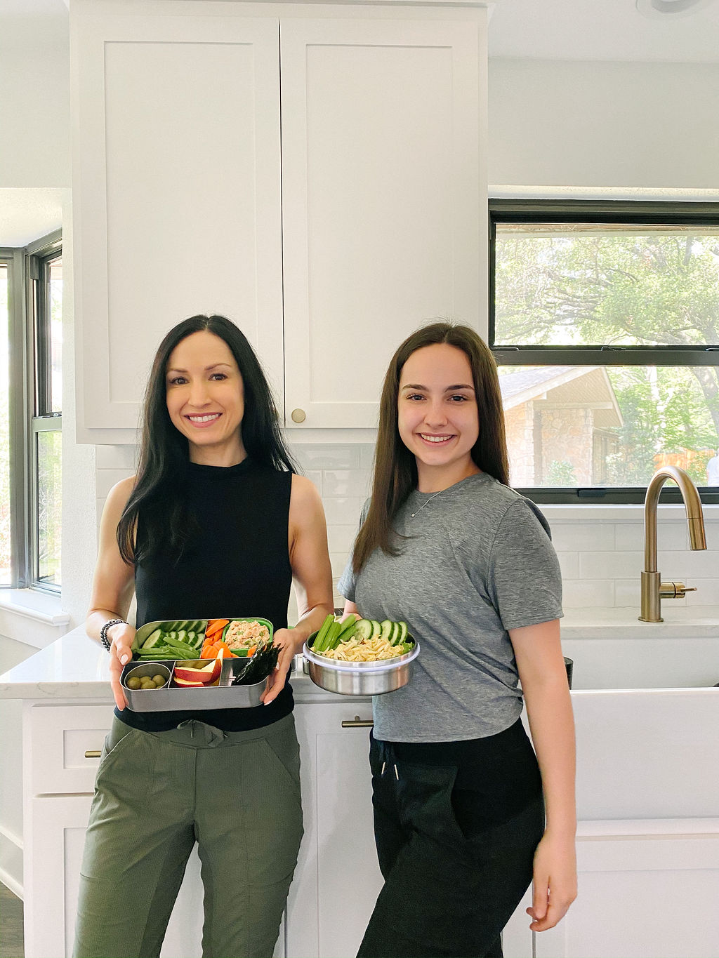 Whole30 Teen Lunch Ideas with Lunchbots